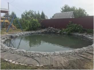 Круглое озеро для детской площадки с водопадом из кувшина г. Нежин