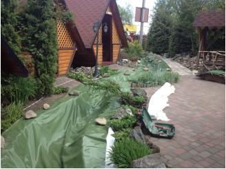 Изоляция декоративного ручья зеленой ПВХ пленкой г. Вишневое